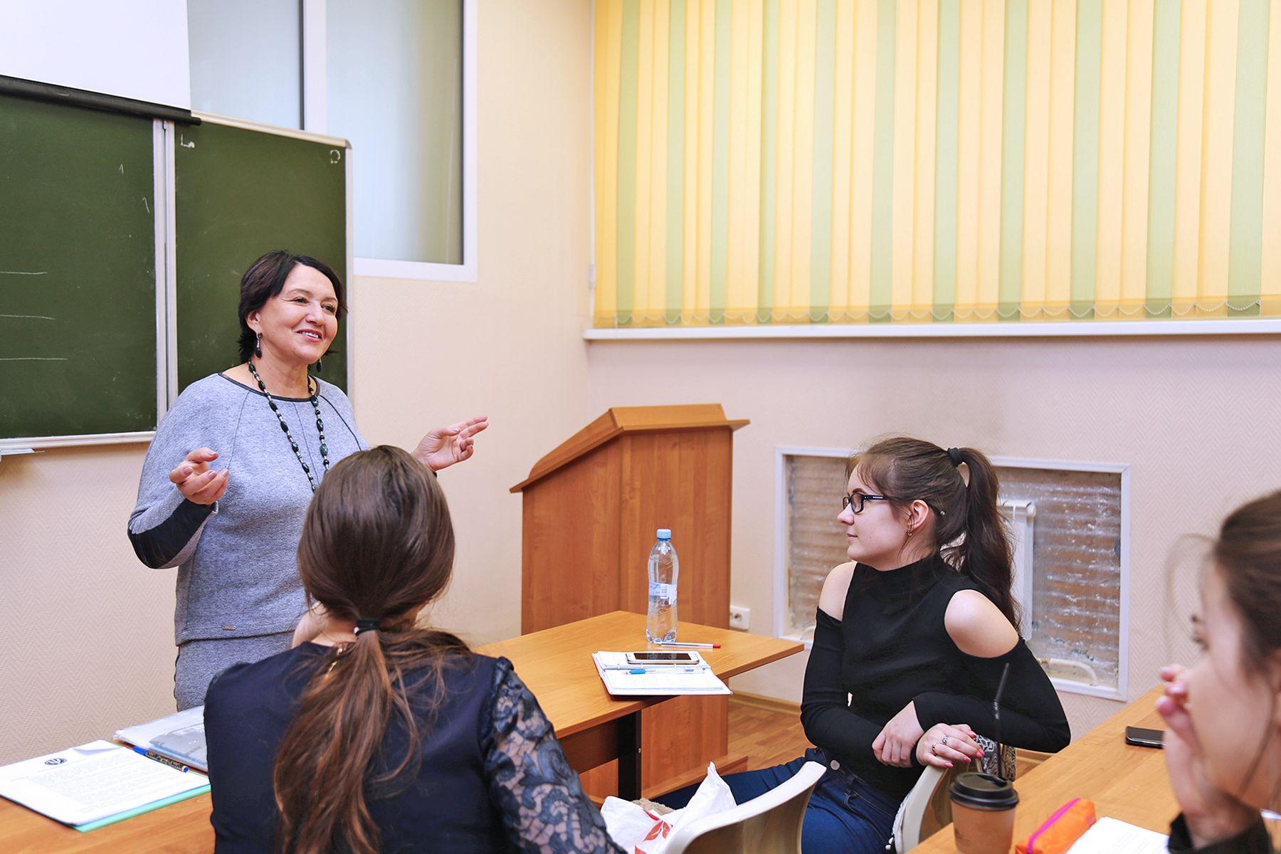 Открытые лекции во ВГУЭС: тренинг по психологии вызвал большой интерес у школьников Владивостока
