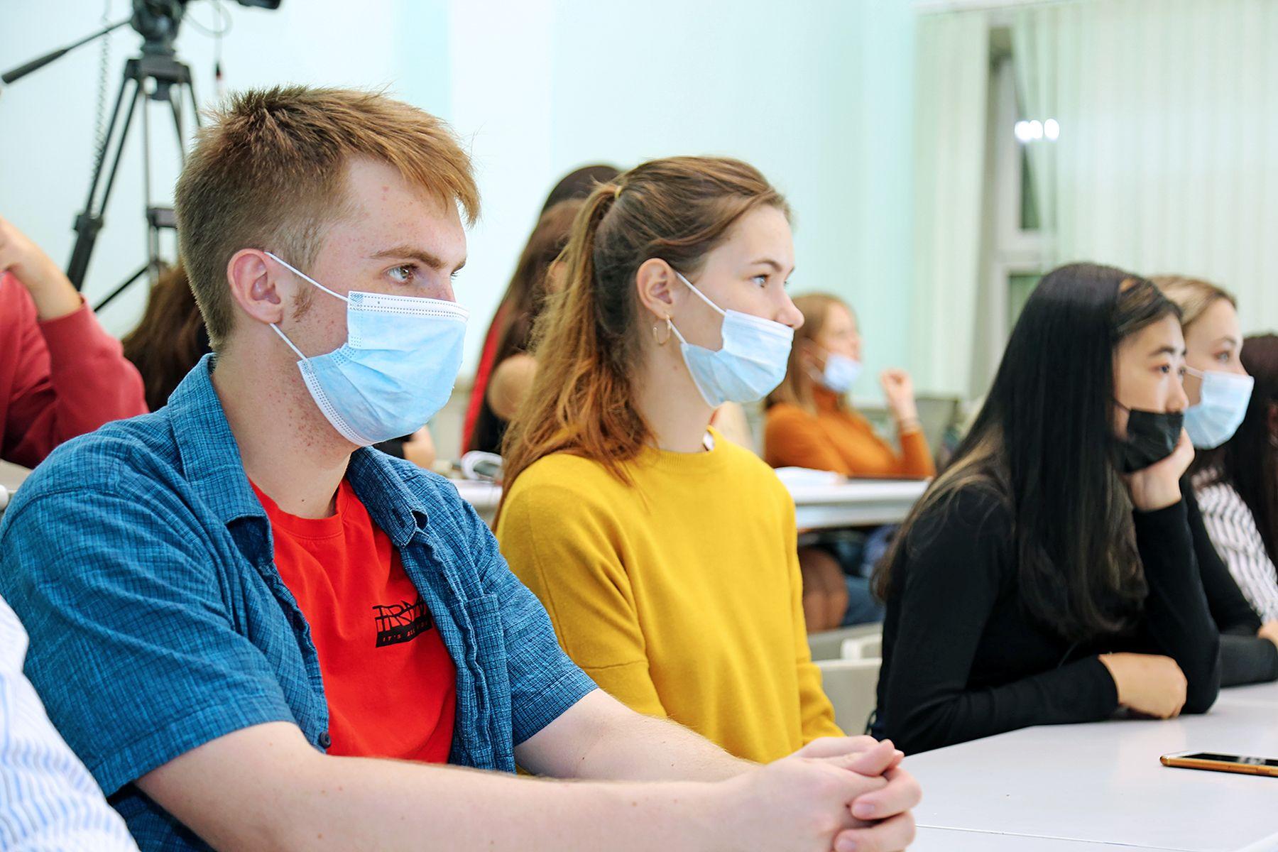 Высшая школа телевидения ВГУЭС: более 80 первокурсников выбрали профили бакалавриата «Мультимедийная журналистика» и «Реклама и связи с общественностью»