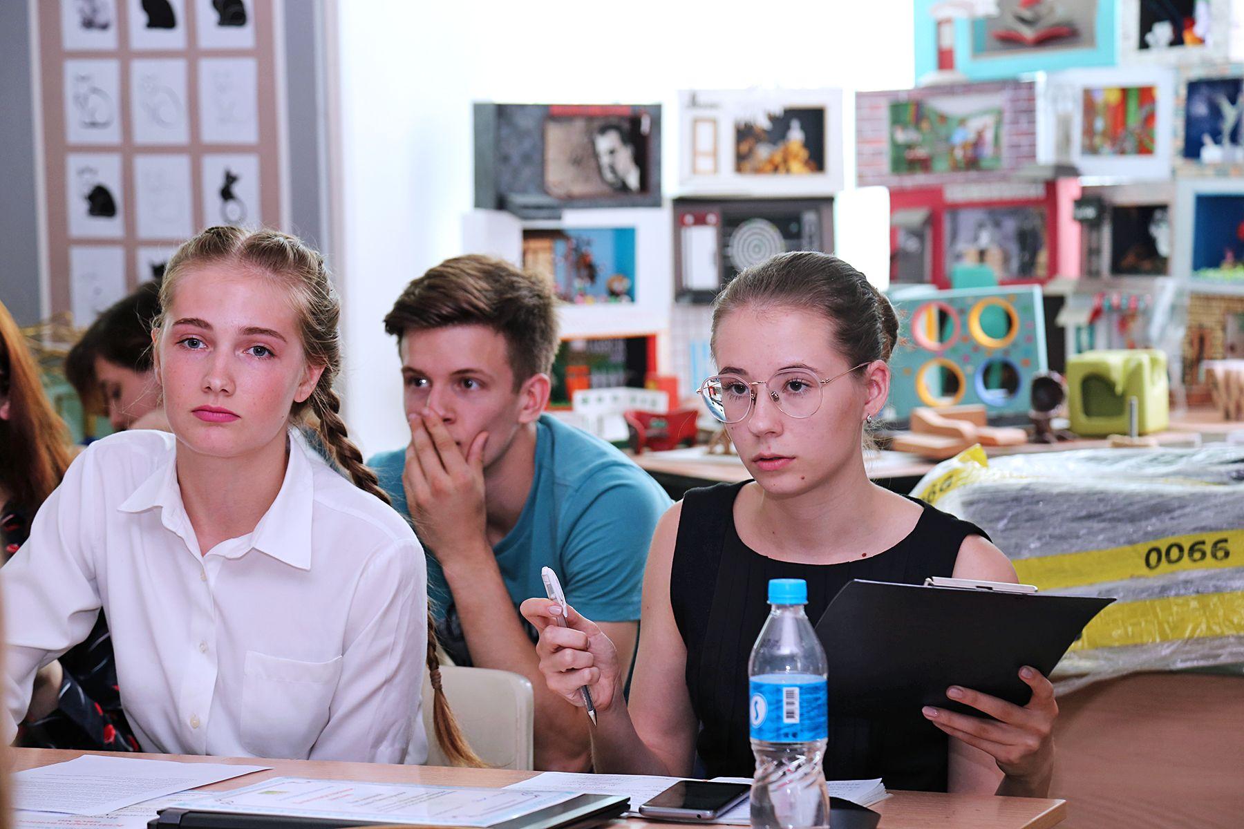 Дипломные проекты по заказу Думы г. Владивостока: студенты-дизайнеры ВГУЭС разработали интерьеры помещений объекта культурного наследия