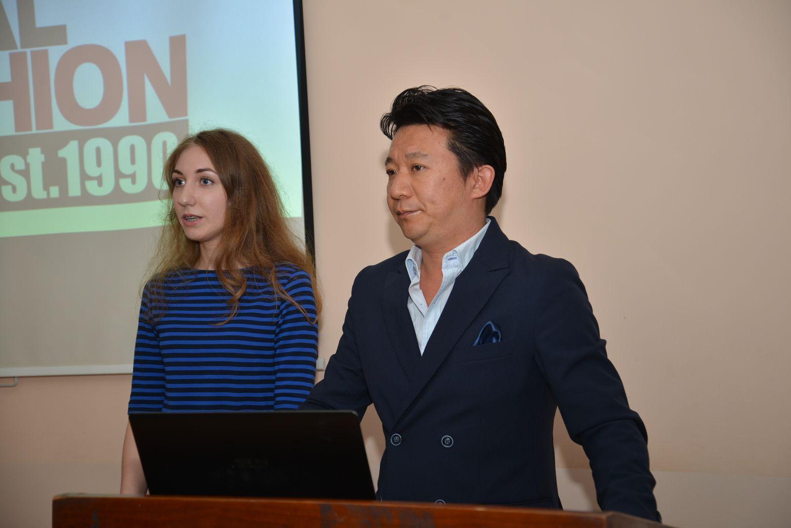 Проректор Института высокой моды г. Ниигата г-н Ичиро Цучида познакомил студентов ВГУЭС с современными модными тенденциями