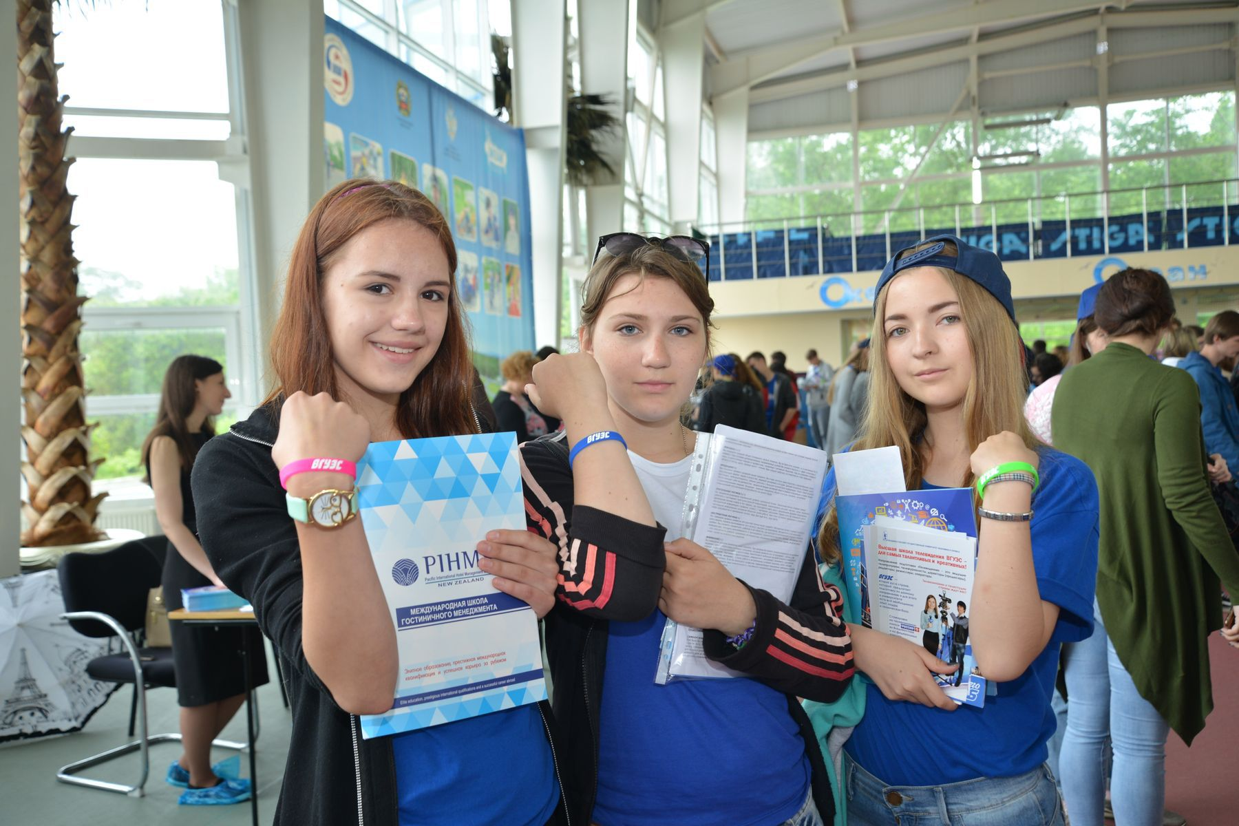 День открытых дверей в «Океане»: старшеклассники страны знакомятся с ВГУЭС