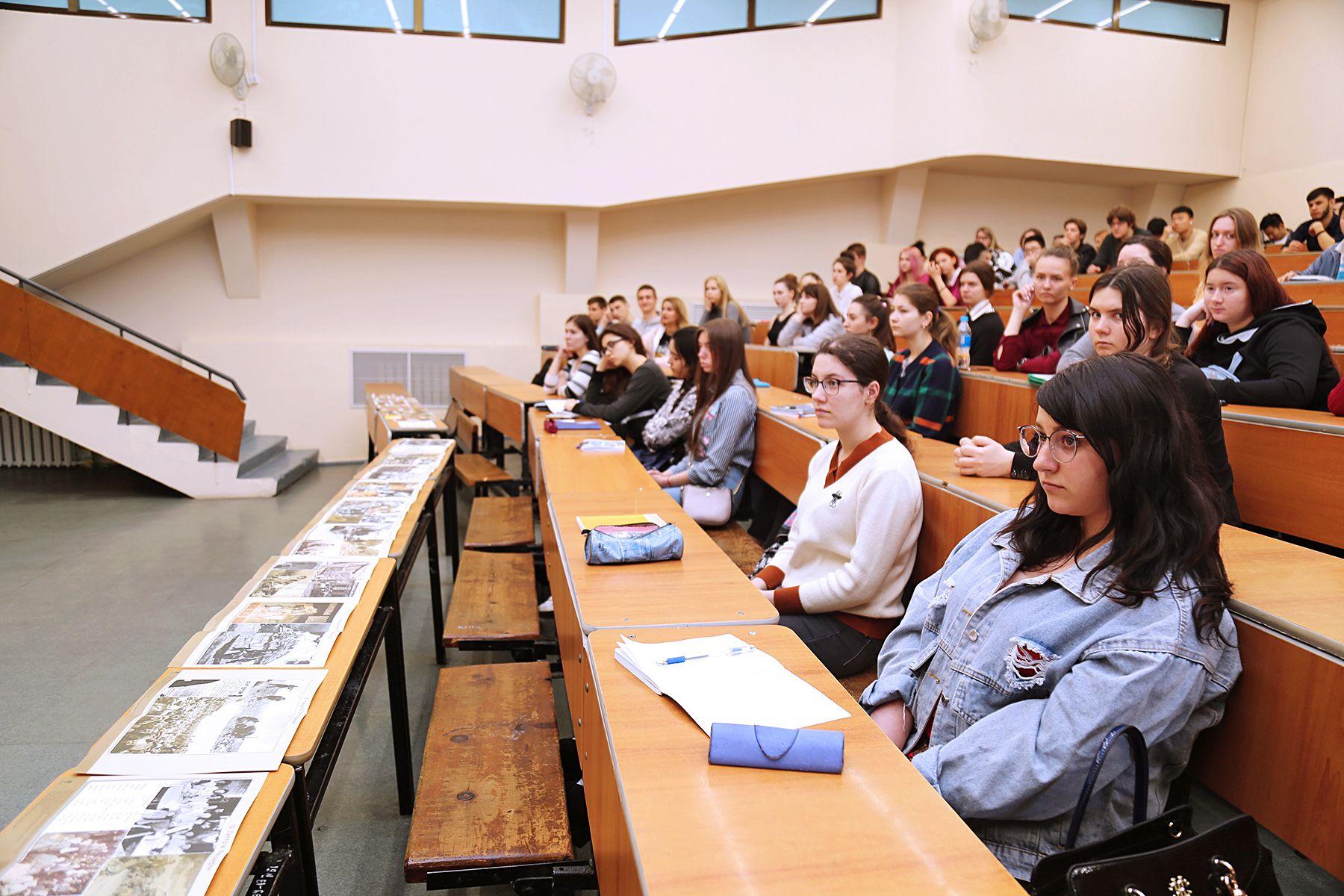 События, о которых важно помнить: во ВГУЭС проходят лекции о геноциде народов