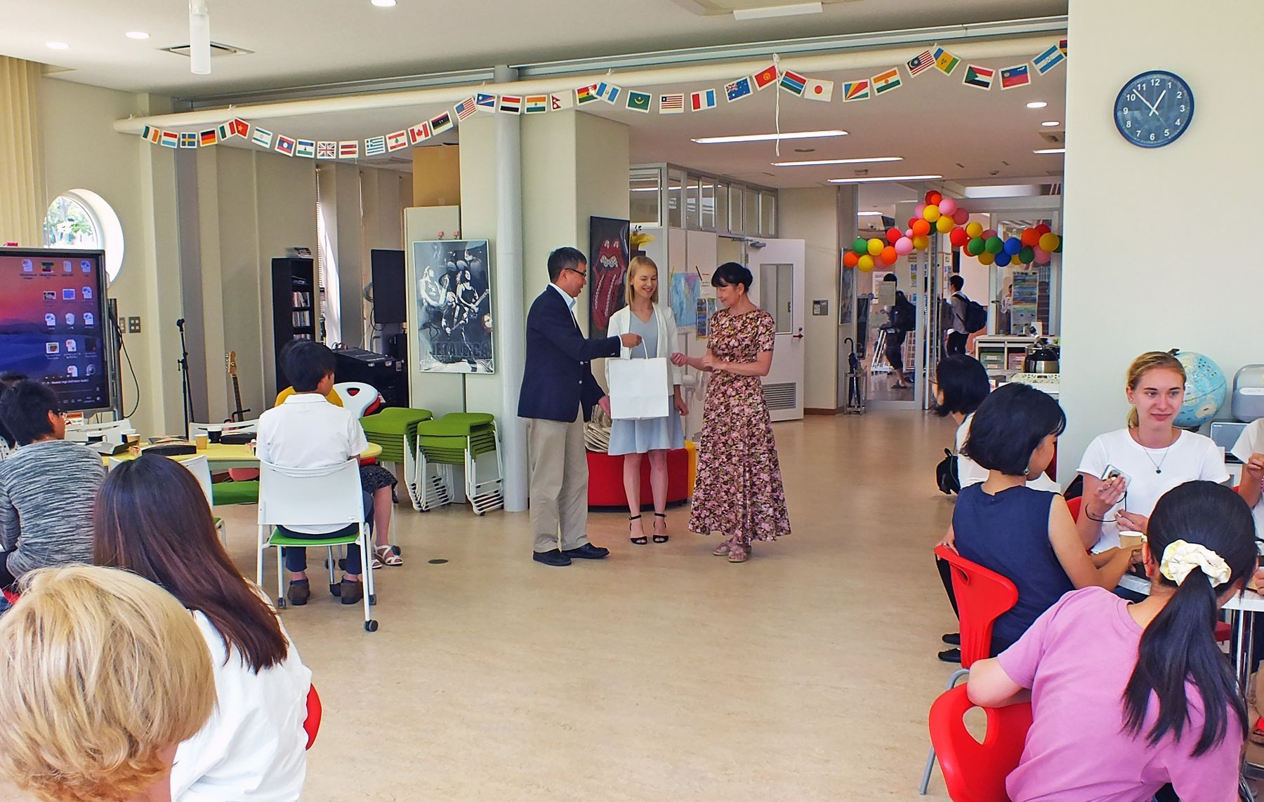 Студентов ВГУЭС тепло приняли в японском университете
