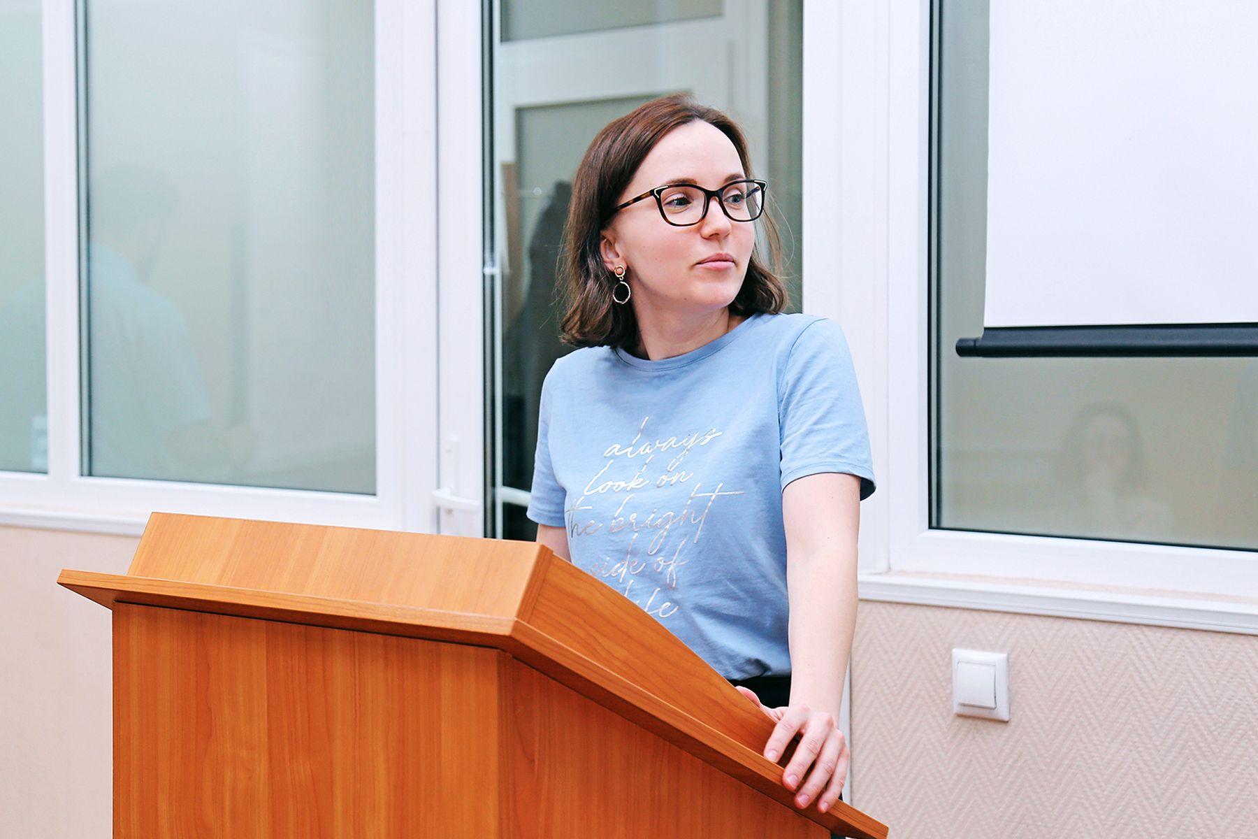 Директор по маркетингу Slavda Group Екатерина Котляр обсудила со студентами ВГУЭС проблему раздельной сортировки отходов в Приморском крае