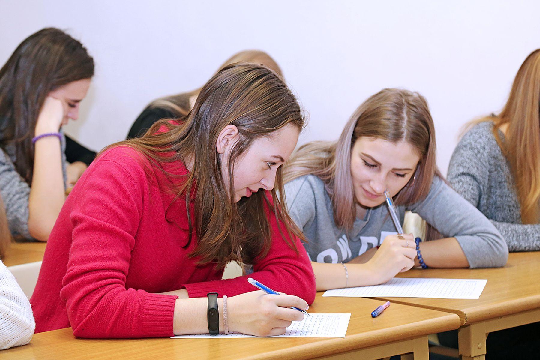 ВГУЭС присоединился к Всероссийской акции «Диктант по английскому языку»