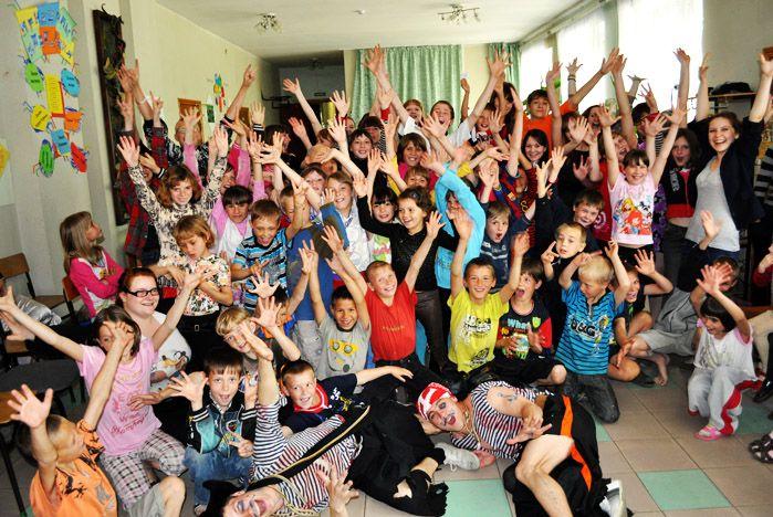 Студенты ВГУЭС дарят тепло и любовь детям, живущим без родителей