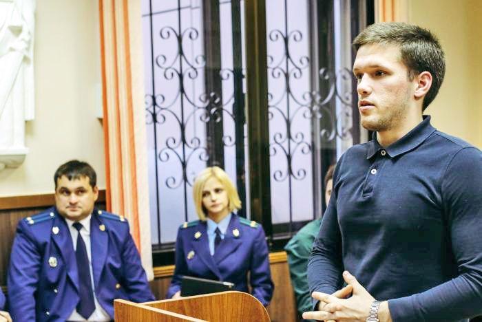 Студент 3 курса Института права ВГУЭС выступит с докладом в Москве на тему коррупции