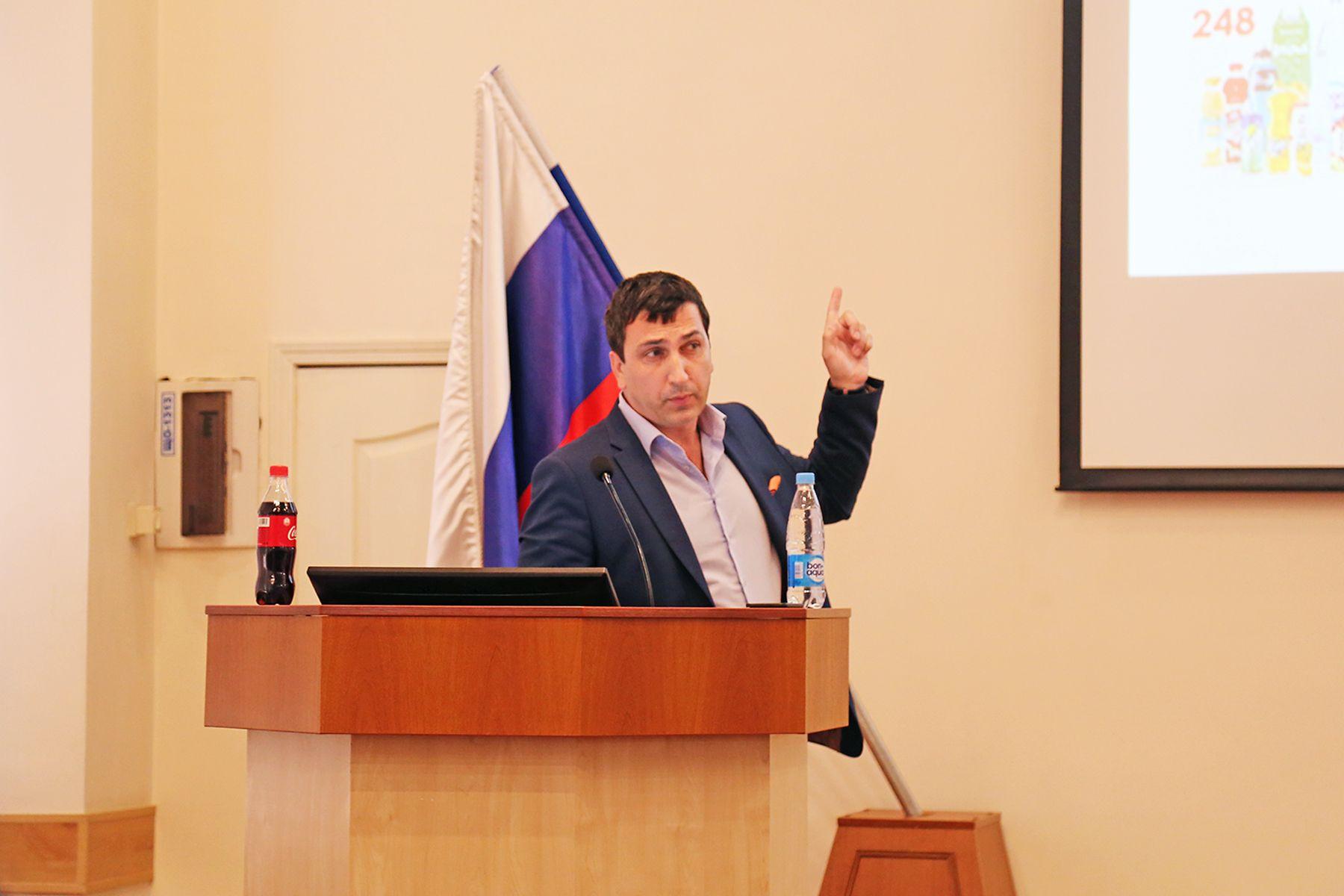 Андрей Ширант, приглашенный спикер ВГУЭС: «Перспективы карьерного роста есть у всех»