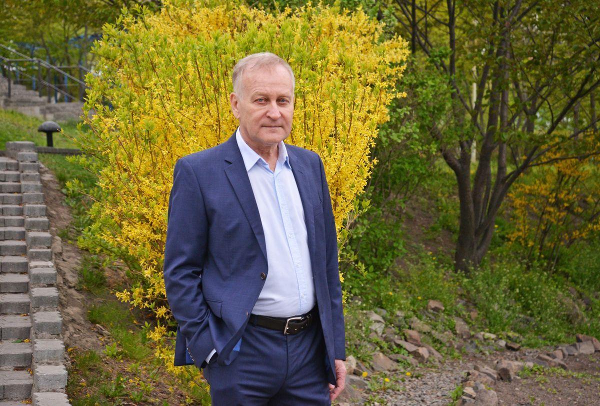 Поздравляем с днем рождения президента ВГУЭС Геннадия Лазарева