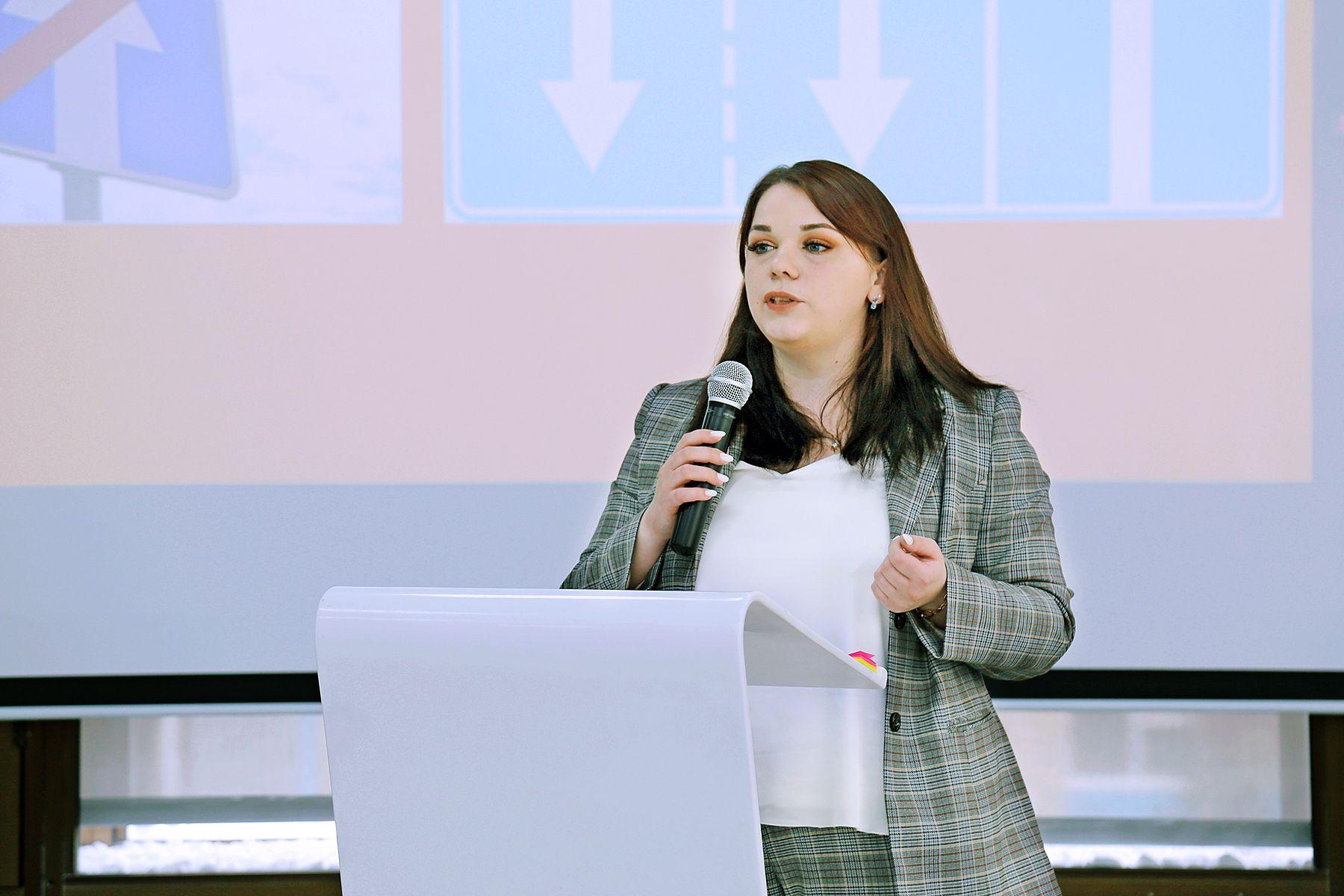 Инклюзивное волонтерство: во ВГУЭС прошел обучающий семинар от «Академии доступной среды»