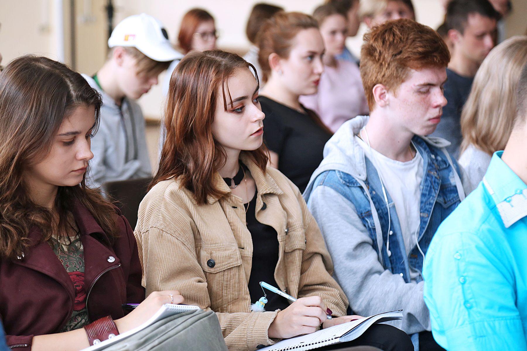 ВГУЭС расширяет список партнёров-работодателей: в университете прошел день компании VVO PROJECT