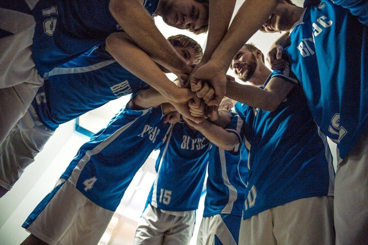 Баскетбольная команда ВГУЭС продолжает серию побед