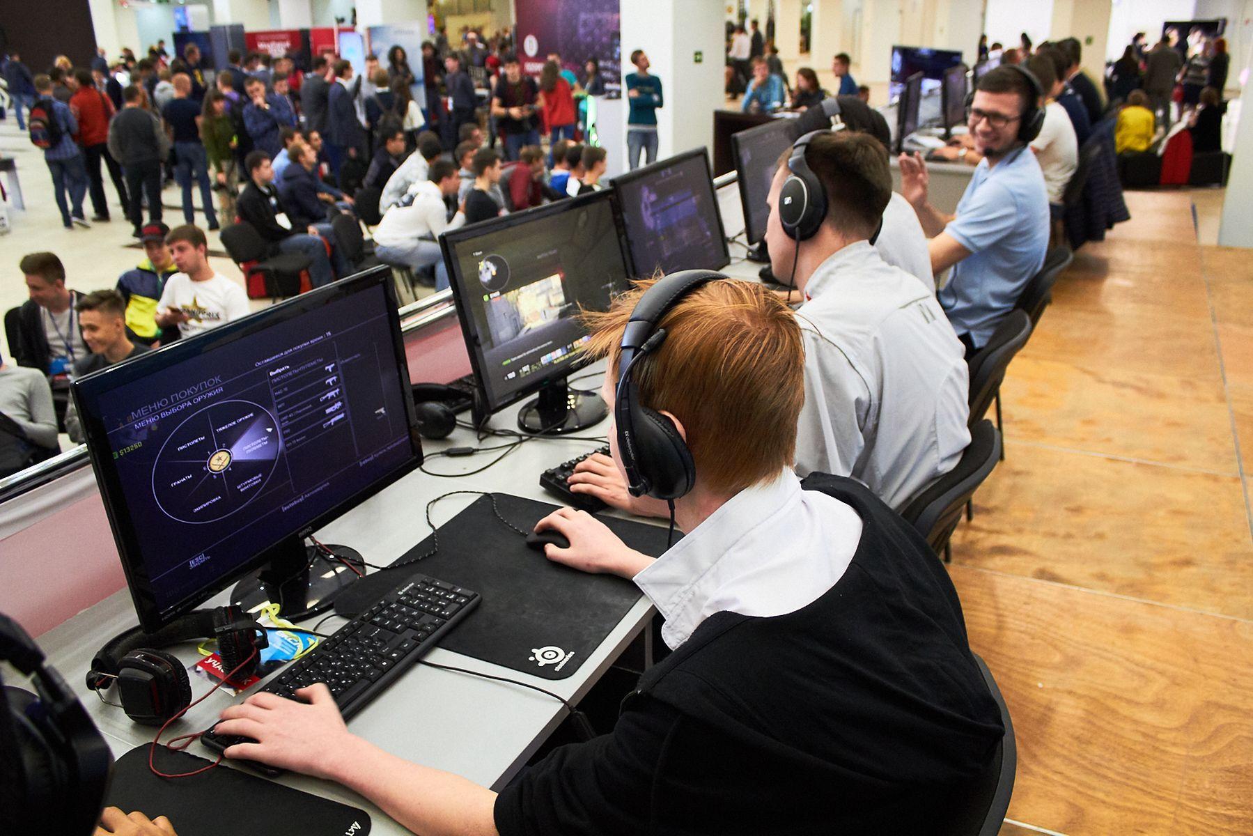Команда ВГУЭС по киберспорту выступит на региональных соревнованиях студенческой лиги
