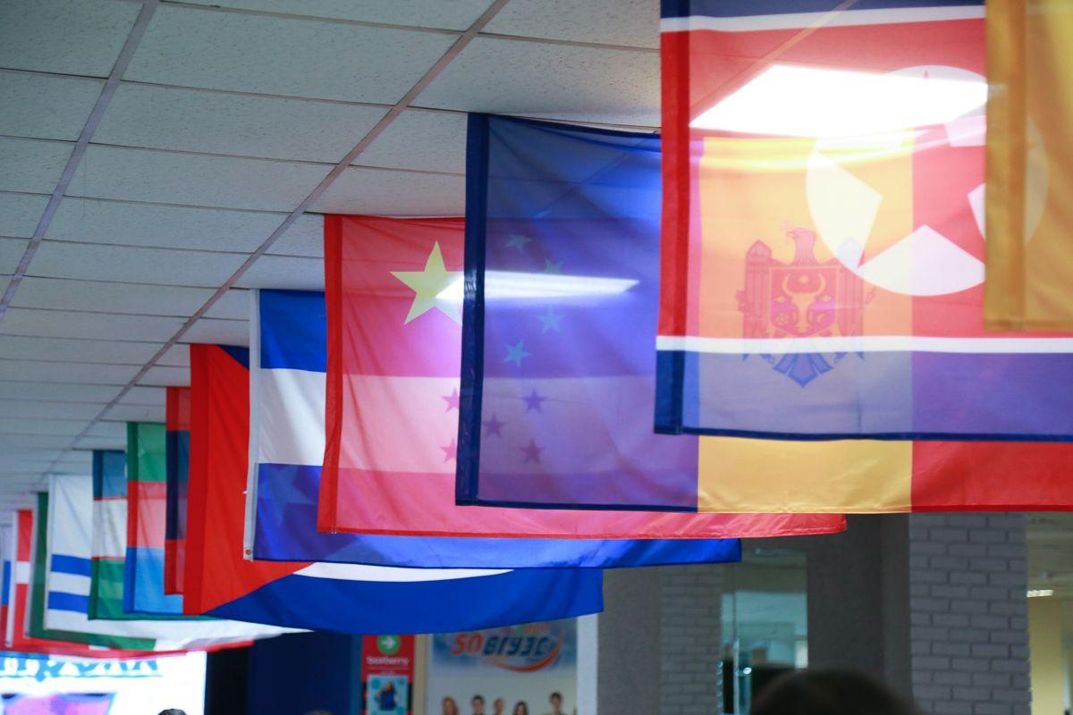 «Неделя толерантности» во ВГУЭС: мы вместе!