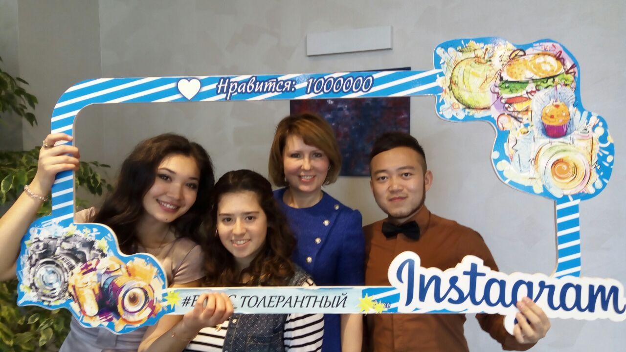 Ректор ВГУЭС Татьяна Терентьева поздравляет с Международным днем студентов