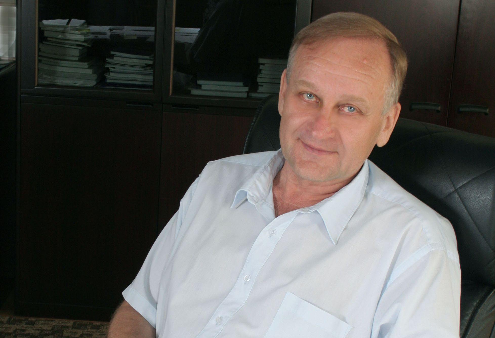 Коллектив ВГУЭС поздравляет с днем рождения президента университета Геннадия Лазарева