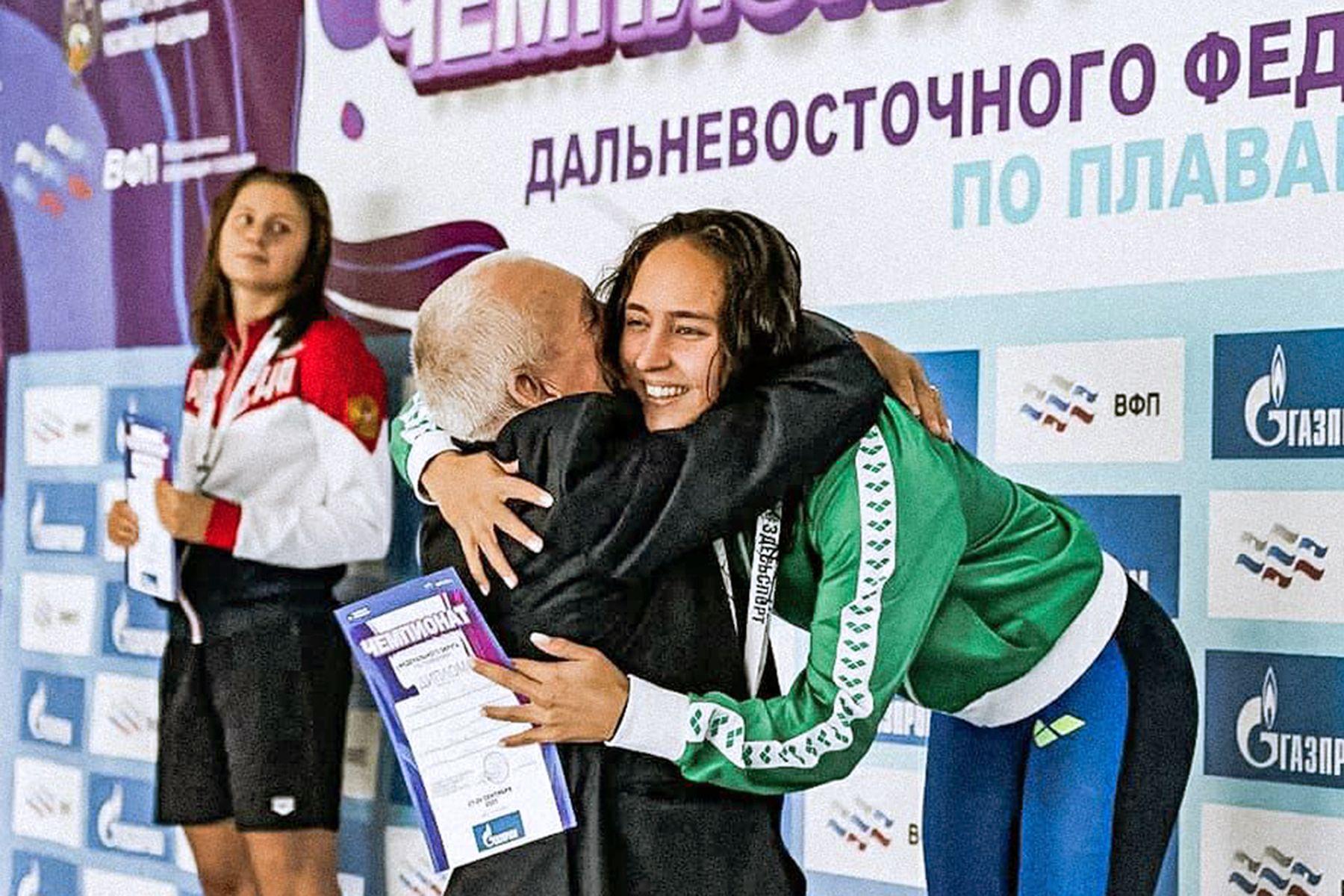 Студентка ВГУЭС Валерия Хайрулина — в ТОП-10 лучших спортсменов России по плаванию