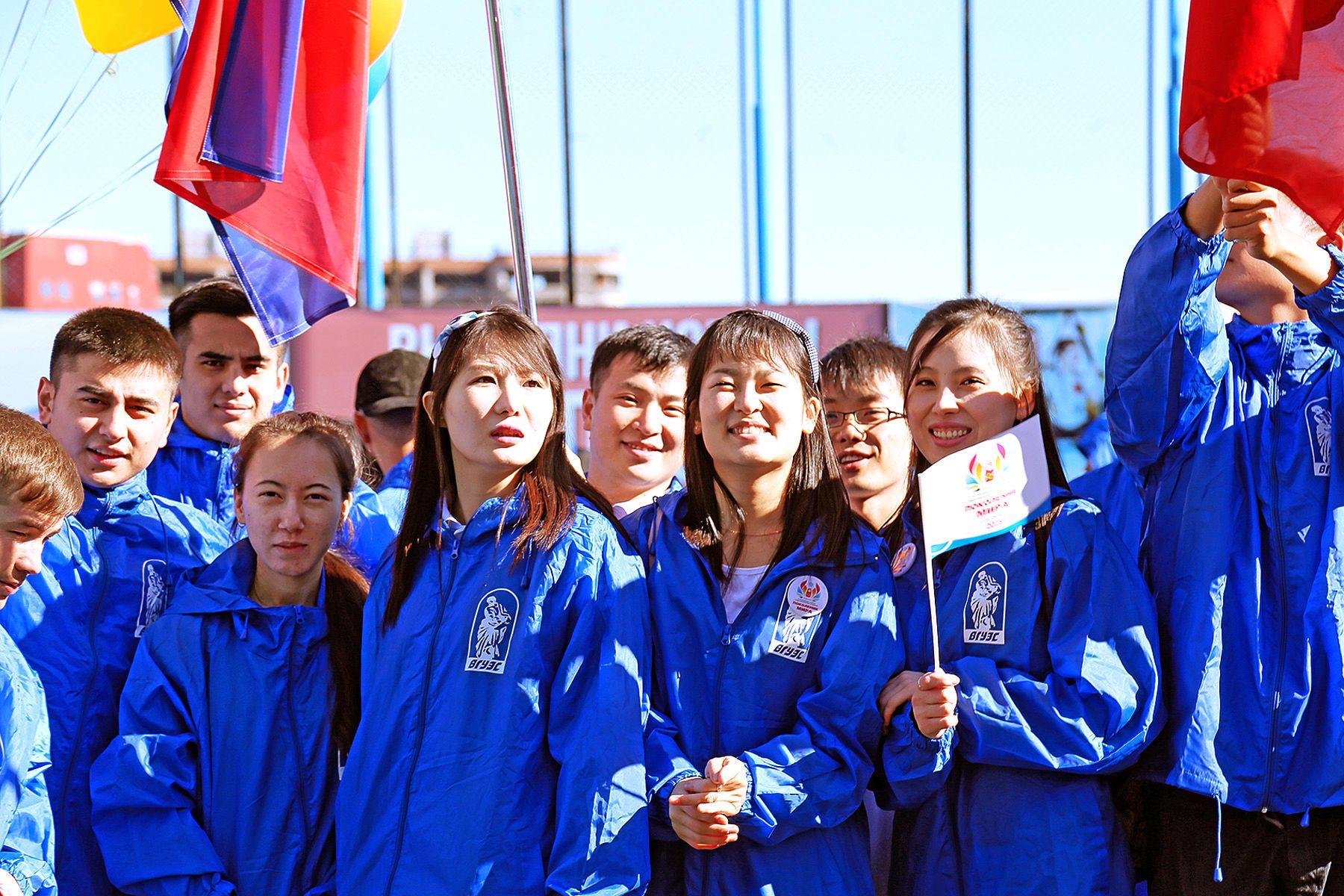 Поздравление ректора ВГУЭС Татьяны Терентьевой с Днём образования КНР