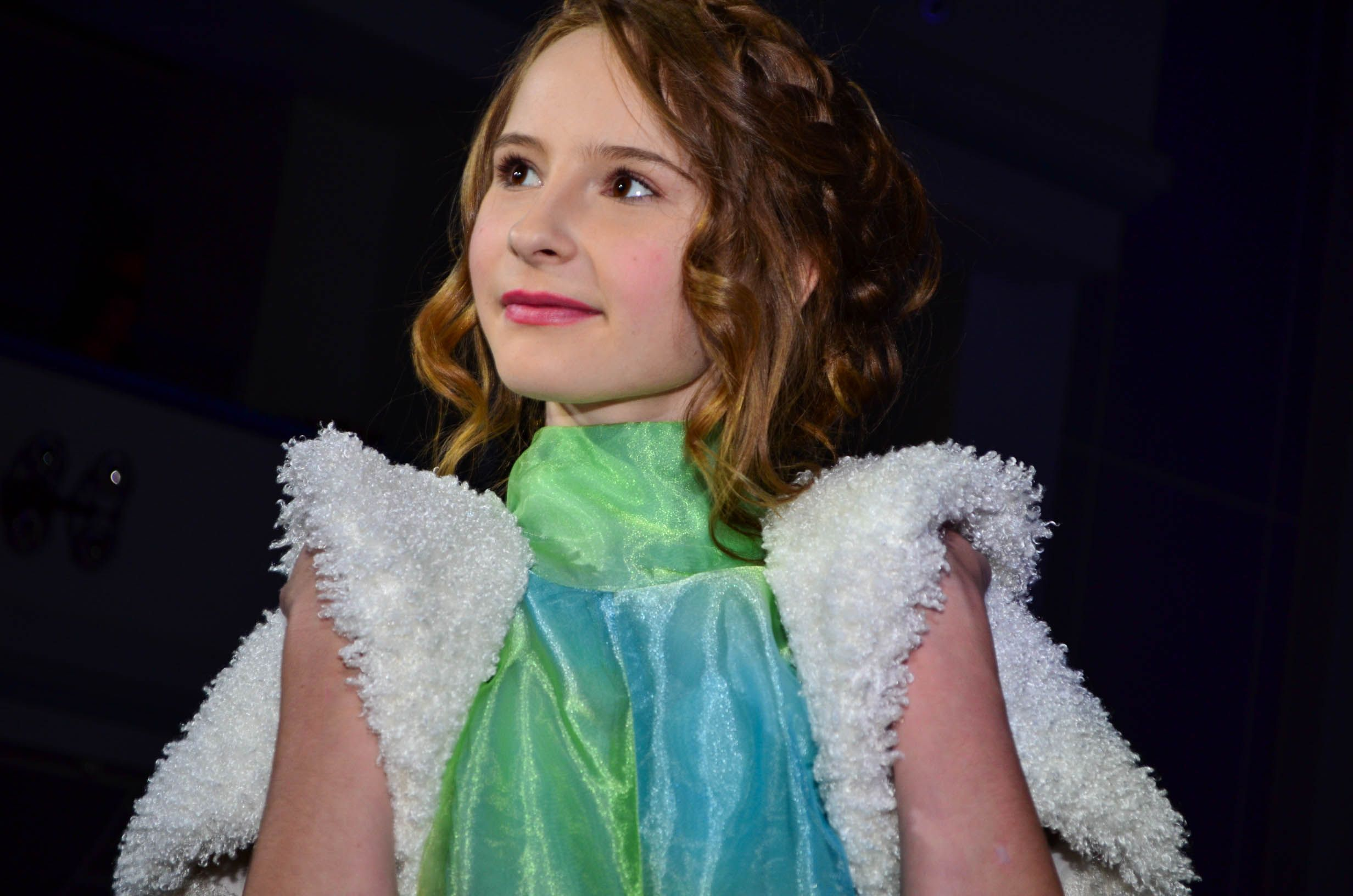 День детской моды во ВГУЭС: от выписки из роддома до выпускного вечера