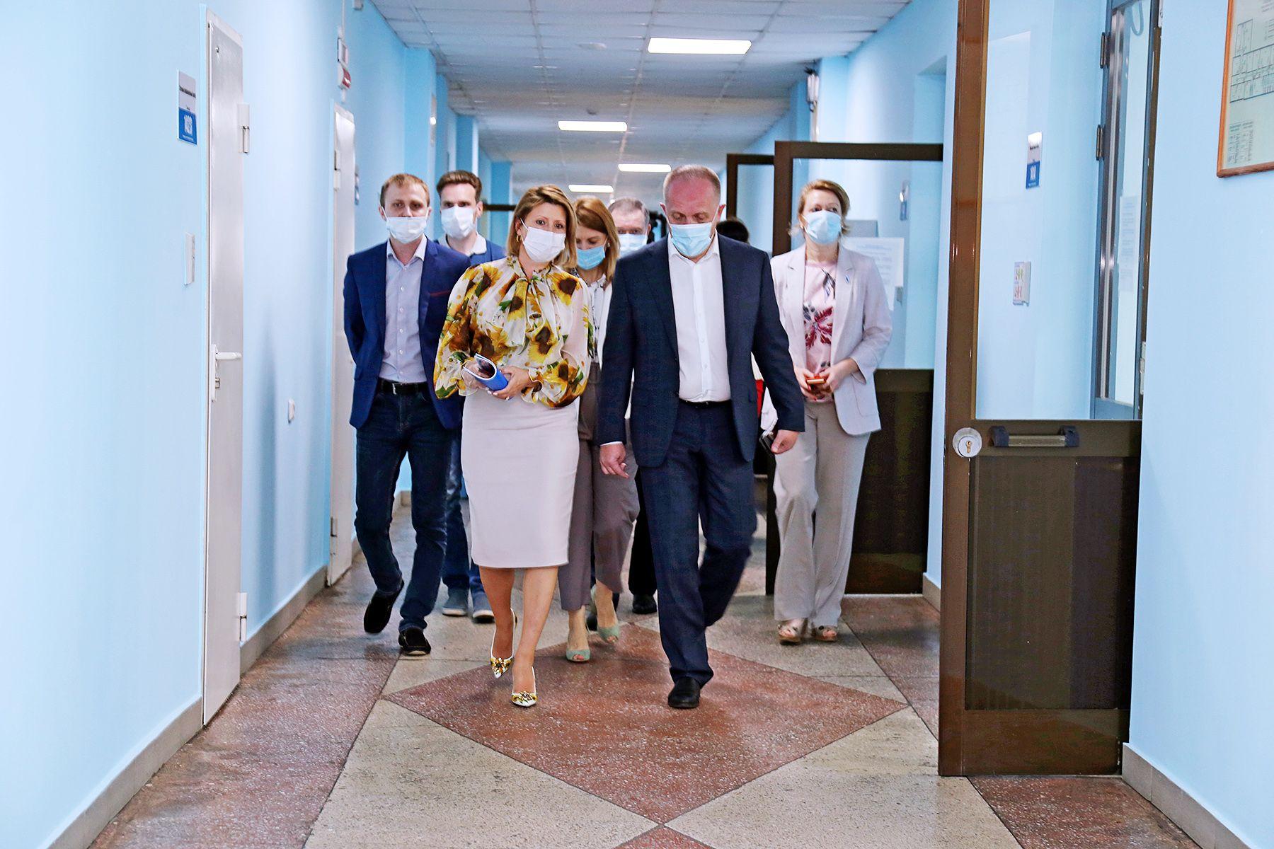 Заместитель Министра просвещения РФ Виктор Басюк — о работе Краевого ситуационного центра для наблюдения за ходом ЕГЭ на базе ВГУЭС: все сделано на высоком уровне