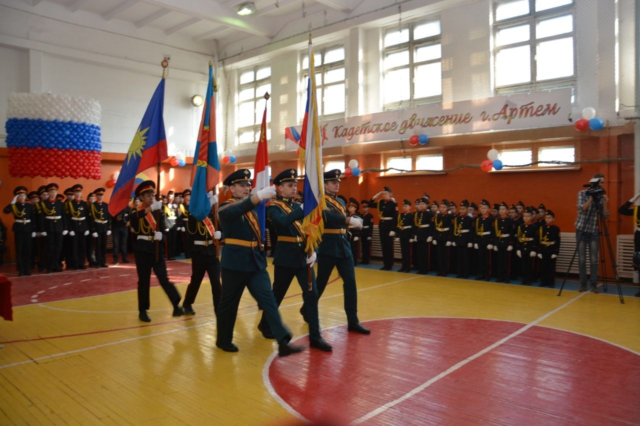 Альбина Алексеевна Власенко, в качестве почетного гостя, приняла участие в торжественной церемонии «Посвящение в кадеты»