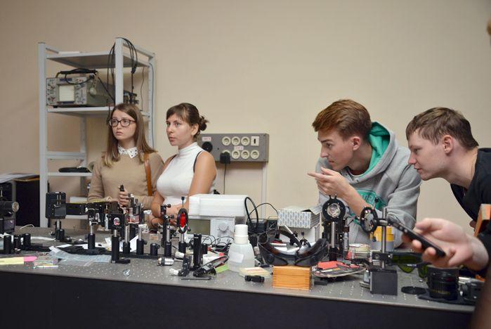 Начала работу базовая кафедра современной оптики и фотоники ВГУЭС