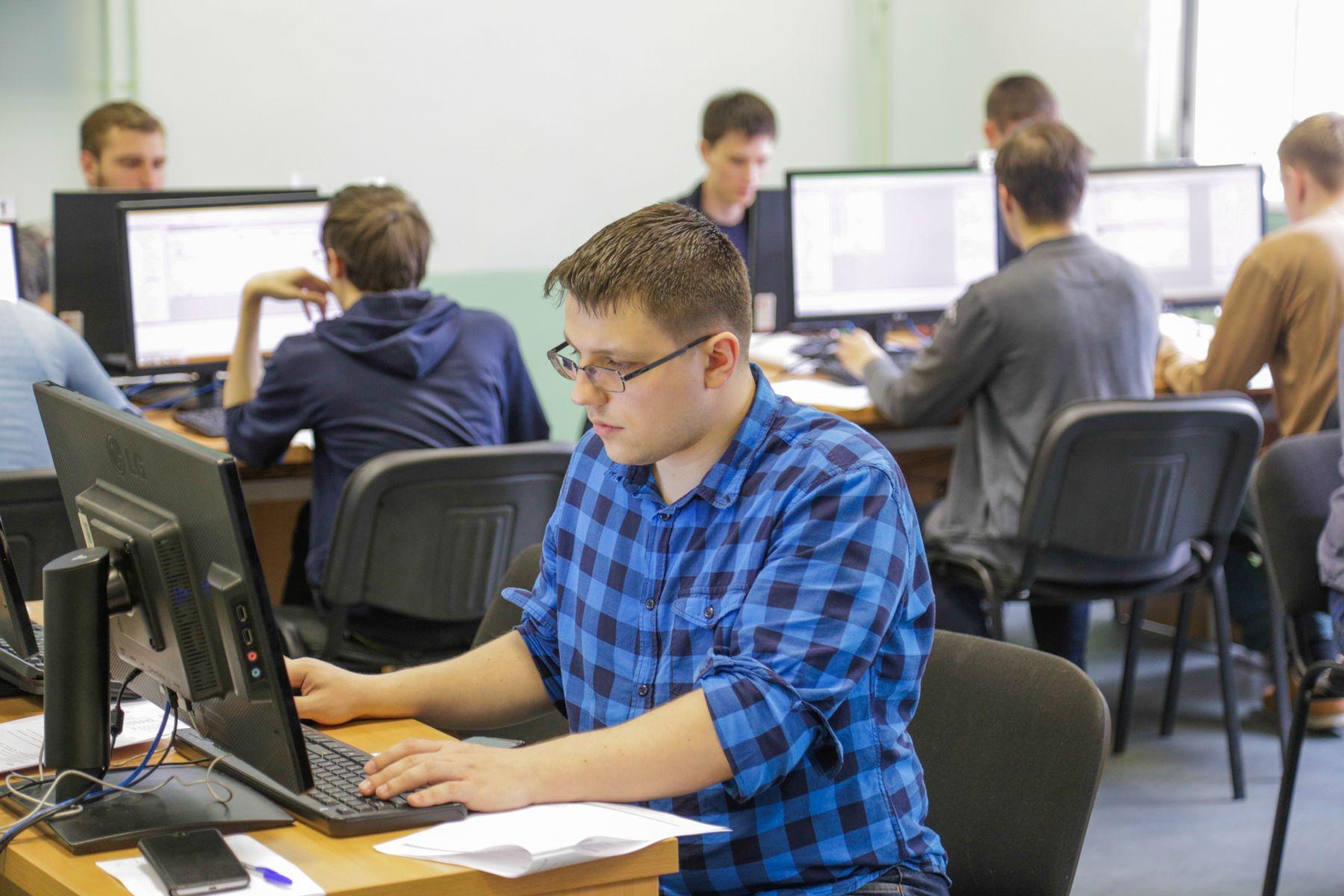 Премию 200-300 тысяч рублей могут получить студенты ВГУЭС