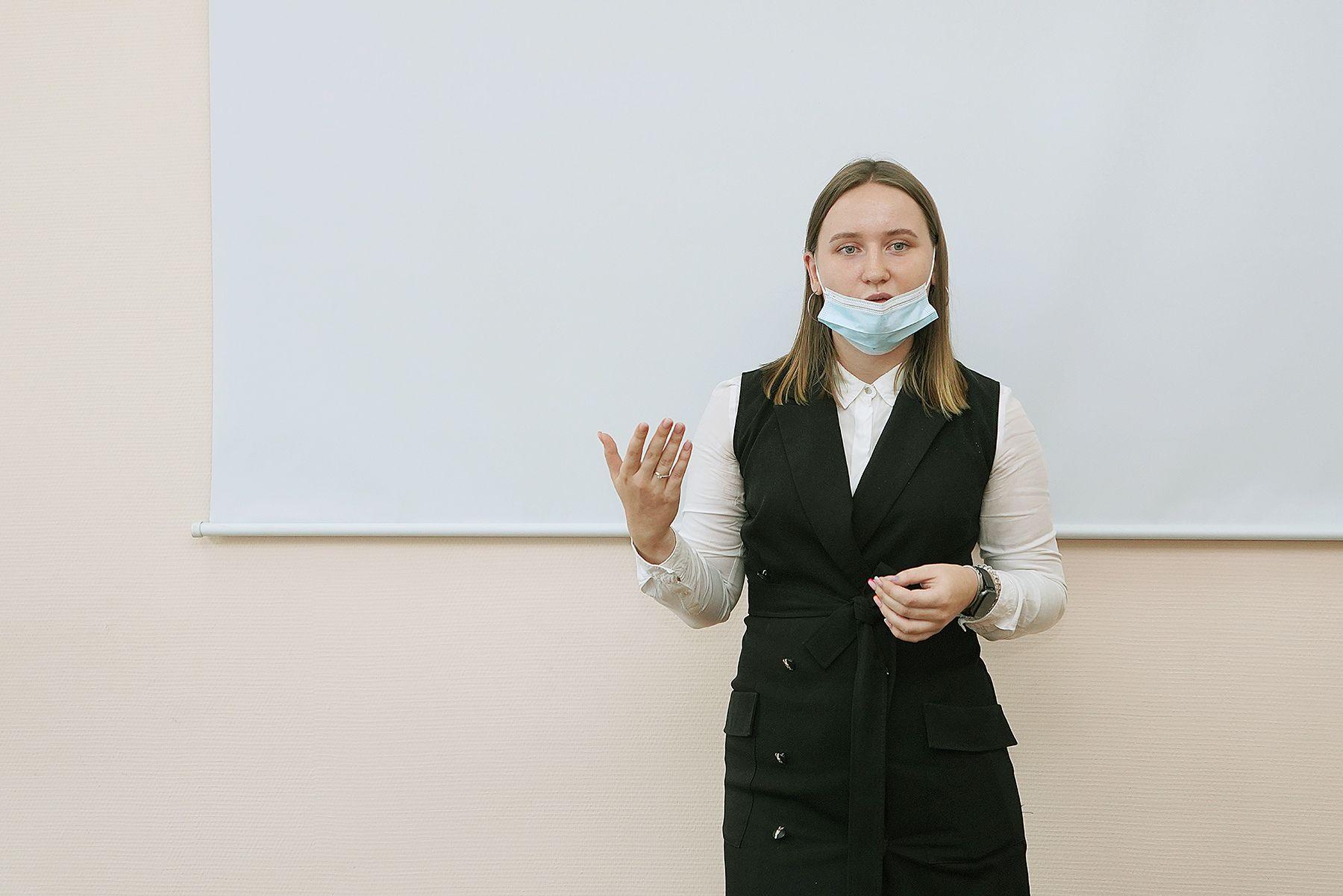 Зарплата от 50 тысяч рублей: представители ПАО Сбербанк рассказали студентам ВГУЭС о стартовых вакансиях