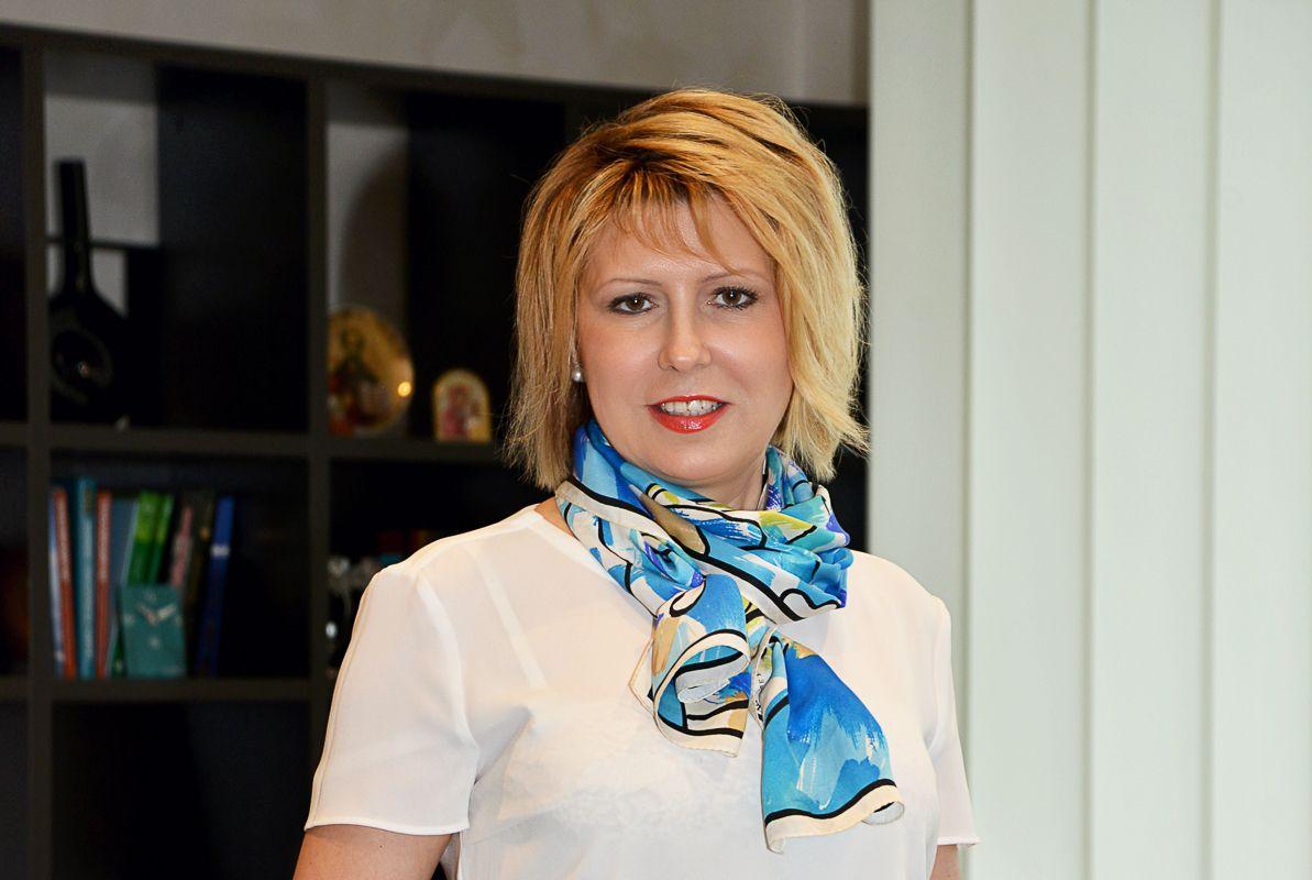 ВГУЭС поздравляет ректора Татьяну Терентьеву с днём рождения