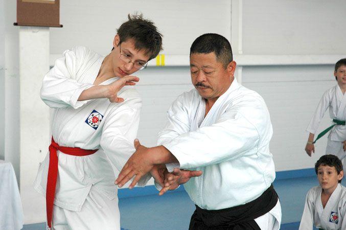Семинар по айкидо с участием тренера из Японии прошел в спорткомплексе ВГУЭС «Чемпион»