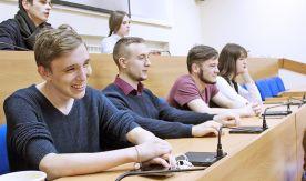 «Такие занятия и пропускать не хочется» - семинар цикла «Научная среда» студенты приняли на ура