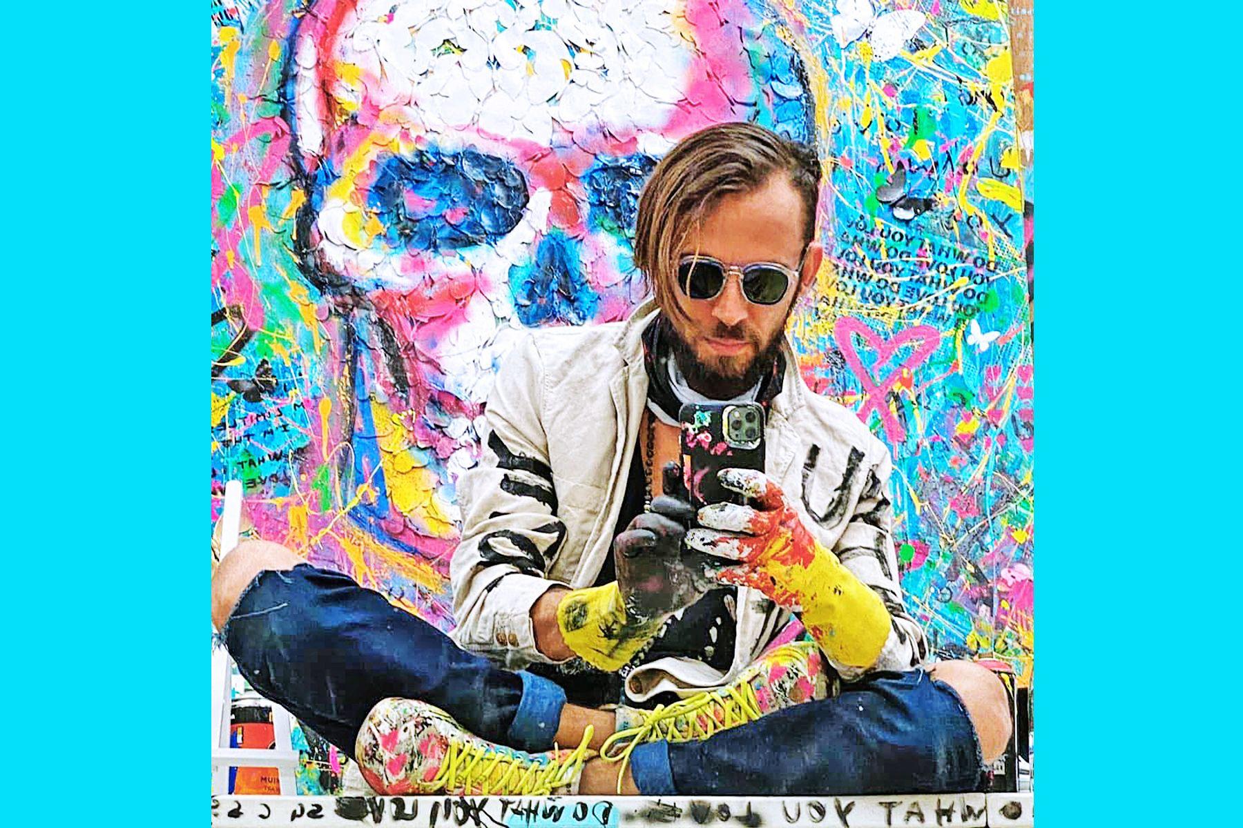 Выпускник ВГУЭС, известный художник и основатель бренда DWYL из Майами Сергей Гордиенко: университет сильно повлиял на то, кто я и где я сейчас