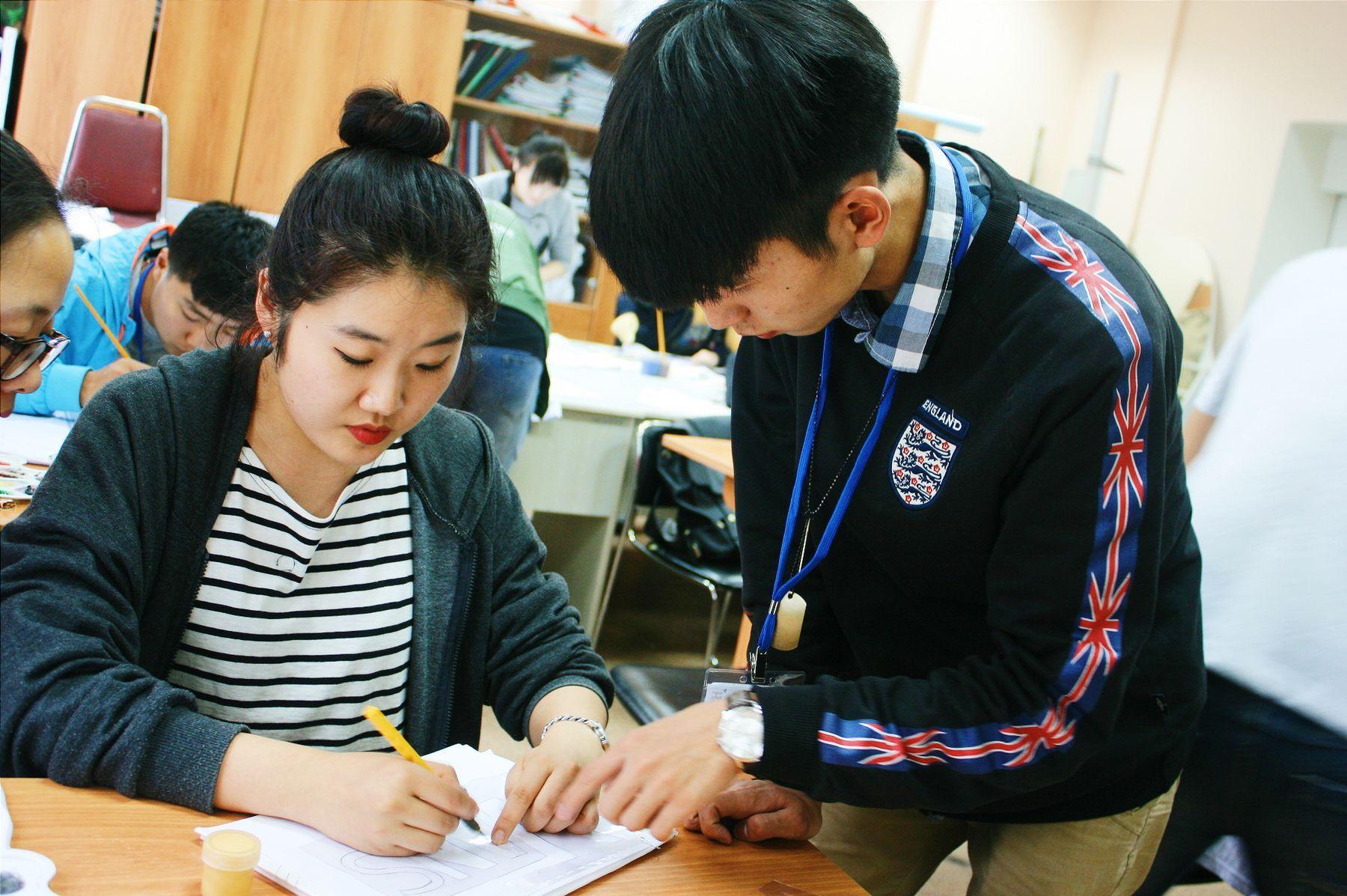 Во ВГУЭС работает международная школа дизайна для иностранных студентов
