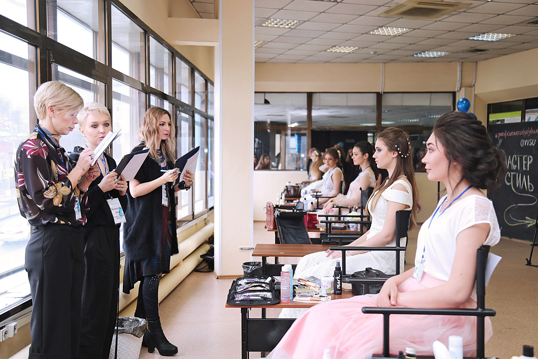 Pacific Style Week 2019: студенты ВГУЭС стали лучшими в конкурсе стилистов и визажистов Дальнего Востока