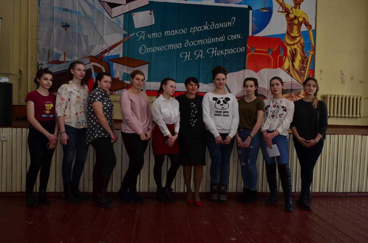Профессиональнальная школа индустрии моды и красоты в гостях в школе в №2 г. Владивостока
