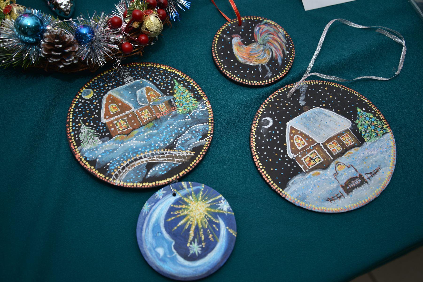 Во ВГУЭС открылась благотворительная выставка-ярмарка «На встречу с чудом»