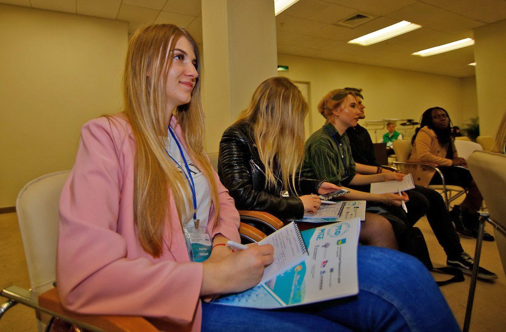 Студенты кафедры туризма и экологии – организаторы и участники Международного молодежного туристского конгресса