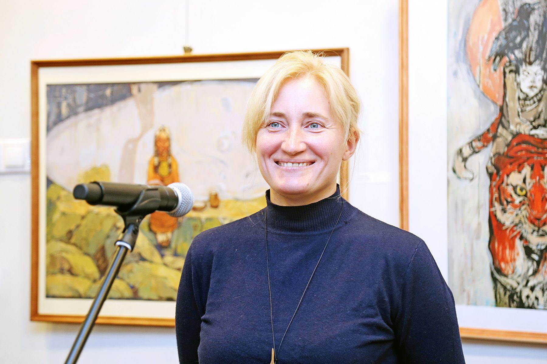 «Земля тайги и моря»: в музее ВГУЭС открылась персональная выставка Екатерины Кравцовой
