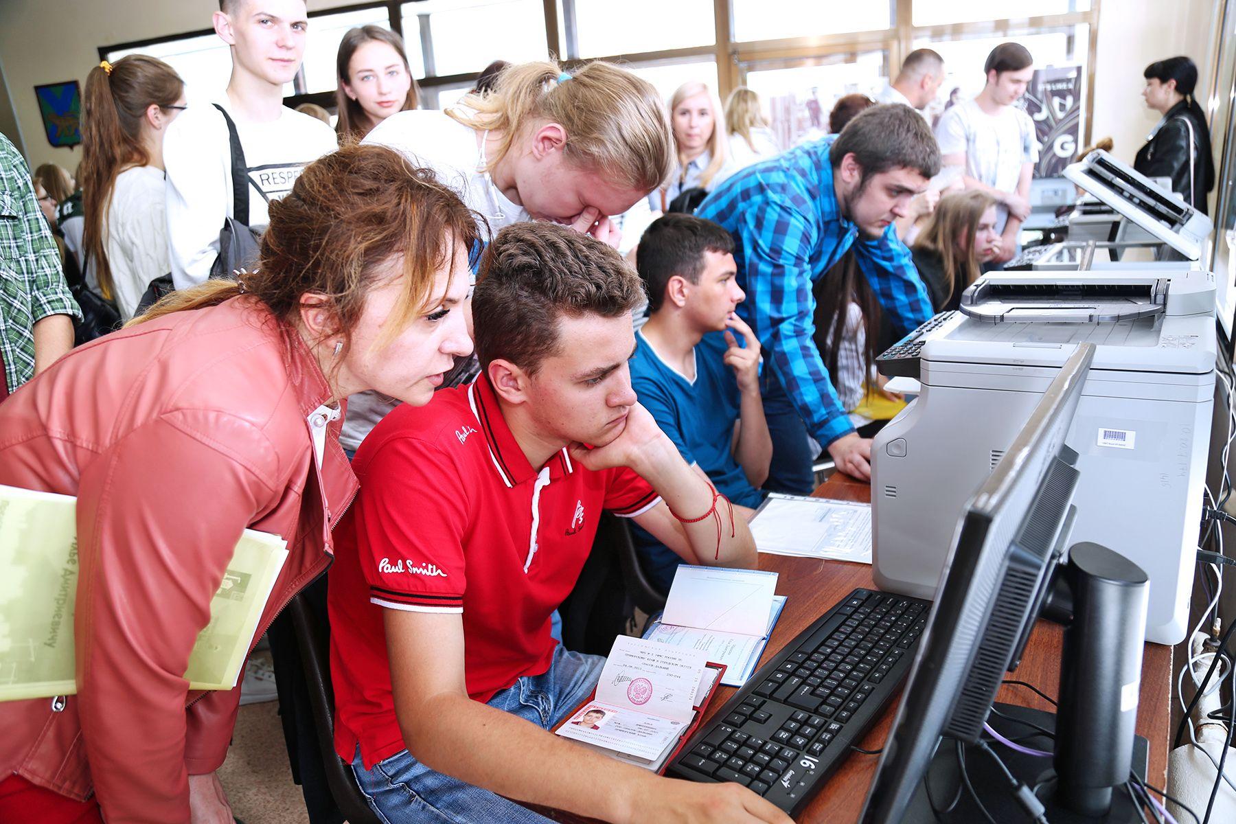 Опубликованы первые приказы о зачислении студентов ВГУЭС