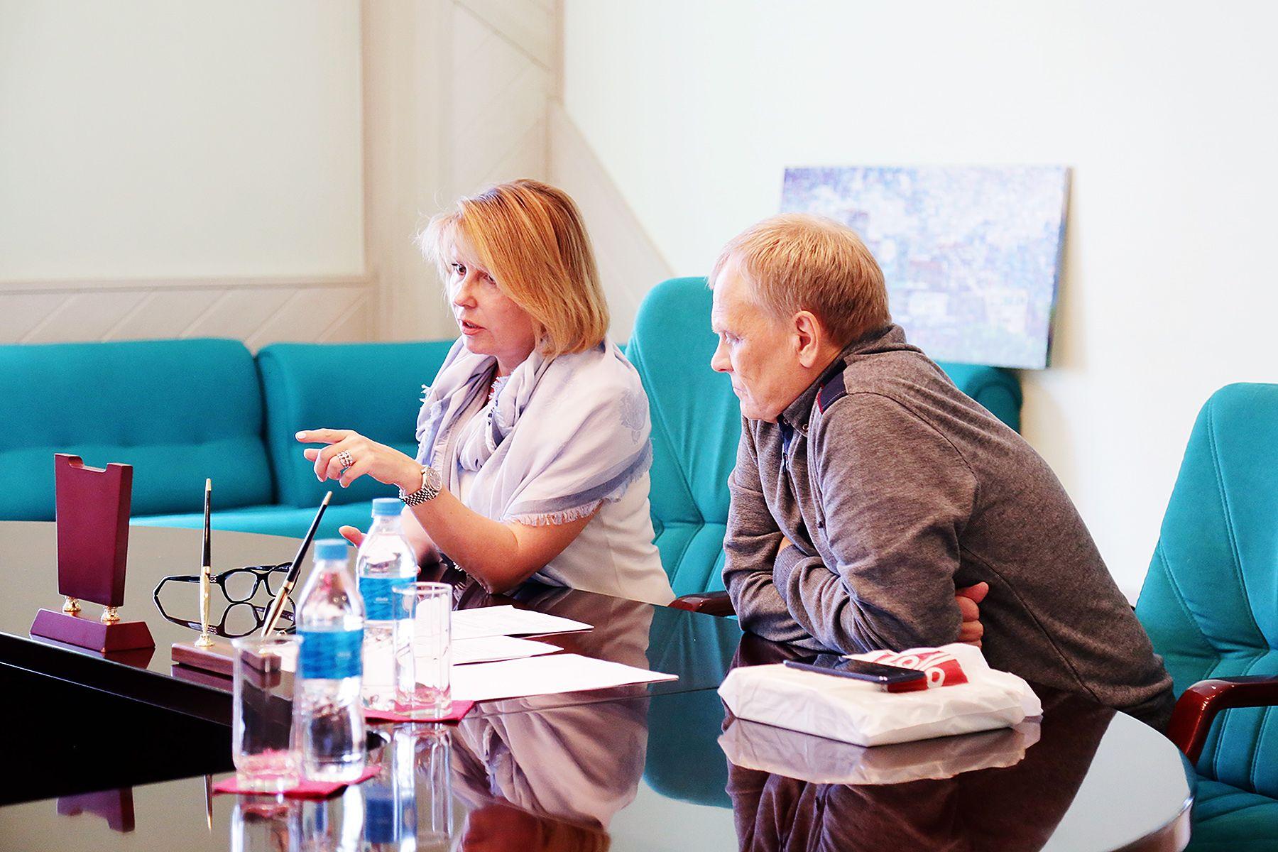 Профессор уральского отделения РАН читает лекции во ВГУЭС