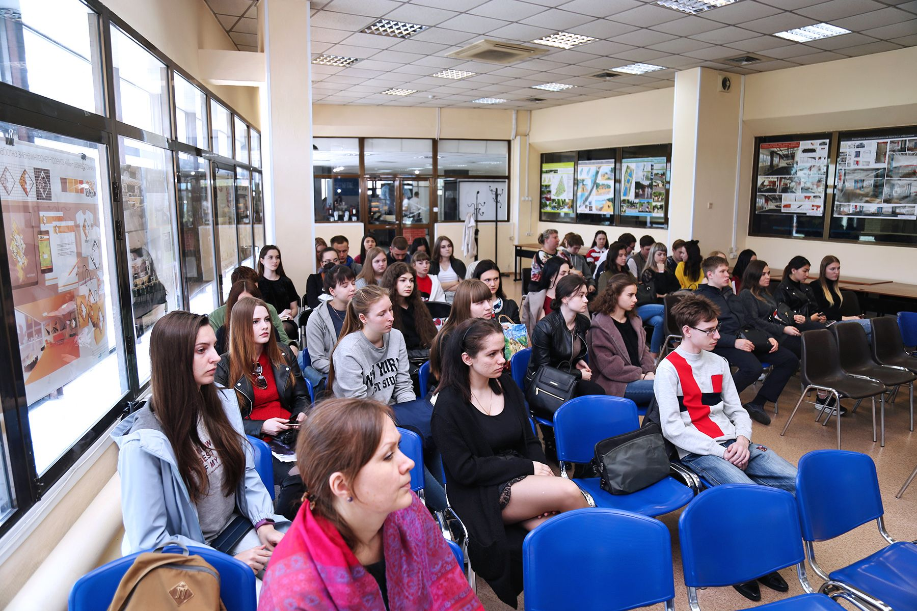 От мерчендайзера до руководителя отдела: какие перспективы предлагает компания «АЮСС-ВСТК» студентам ВГУЭС