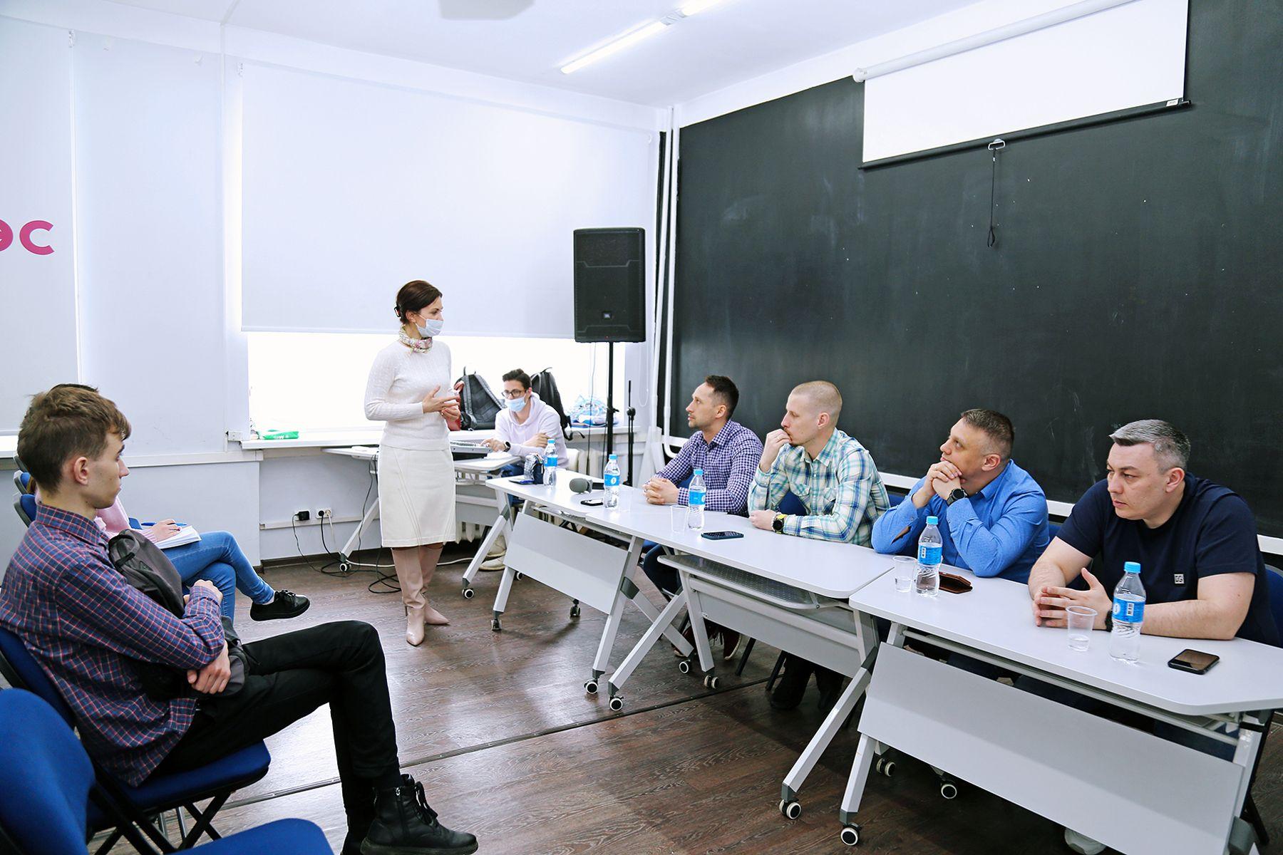 Профессионал или руководитель: резиденты Клуба предпринимателей Дальнего Востока «Новое поколение» рассказали студентам ВГУЭС, каким должен быть бизнесмен