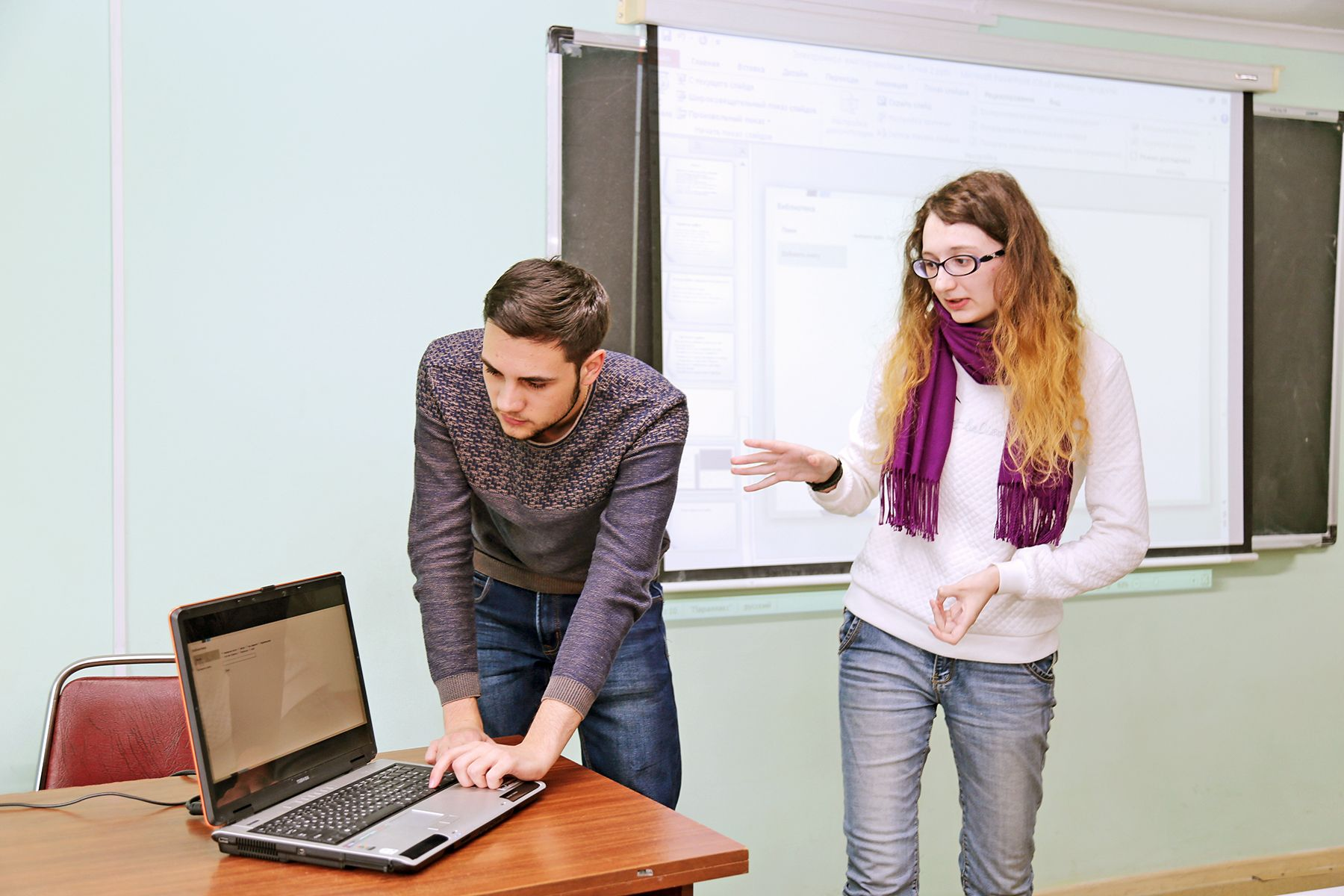 Электронное книгохранилище и нейросеть, распознающая лица: во ВГУЭС прошли защиты студенческих проектов