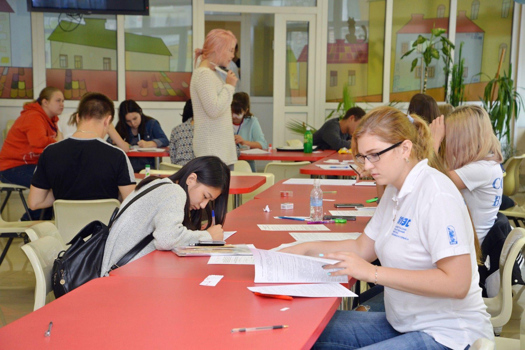 Первыми жильцами в общежитиях ВГУЭС стали первокурсники