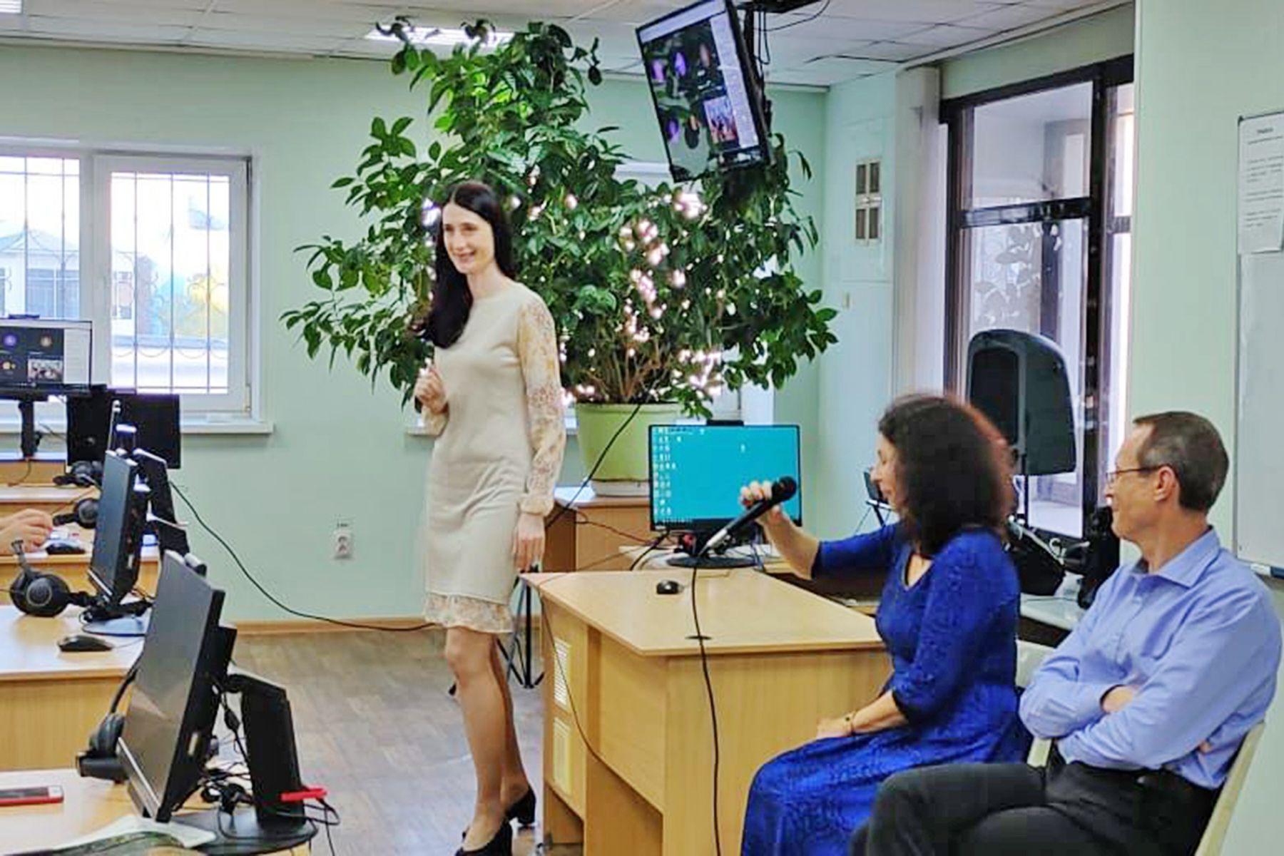 Институт иностранных языков ВГУЭС поздравил переводчиков