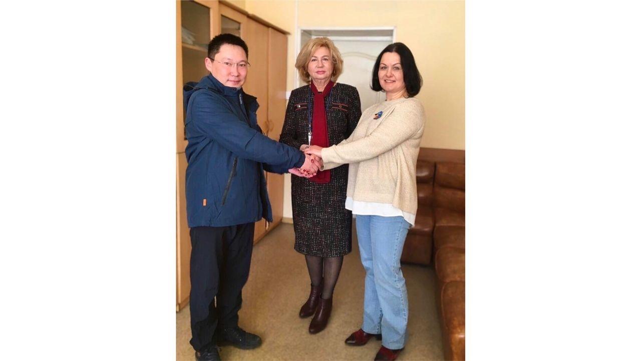 Владивостокский государственный университет экономики и сервиса и ПрофЯКТ подписали договор о долгосрочном партнерстве