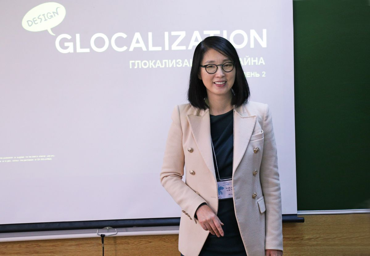 Гуру маркетинга учит участников Недели моды во ВГУЭС